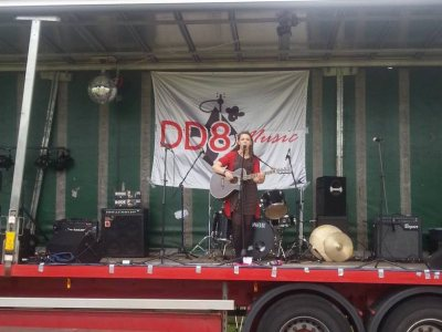 Cancer Research UK (CRUK) - Kirriemuir Relay for Life: DD8 Music with Just Katie