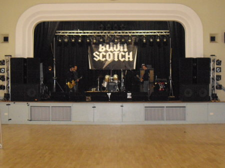 DD8 Music Bon Fest in Kirriemuir Town Hall - PA and lighting system setup