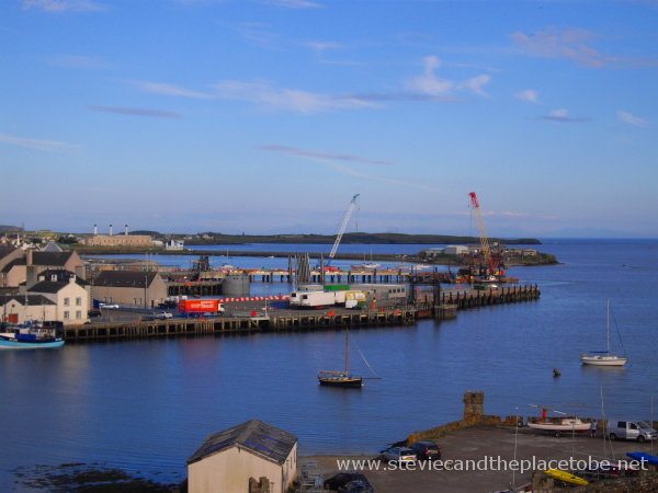 Going for a walk around Stornoway harbour and was greeted by the warm sunny weather