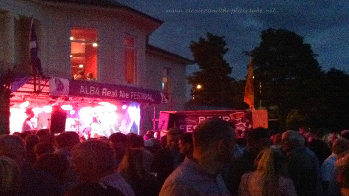 Alba Real Ale Festival at The Royal Tay Yacht Club in Broughty Ferry, Dundee. Sound by audioWAVE, lighting by Steve Page.