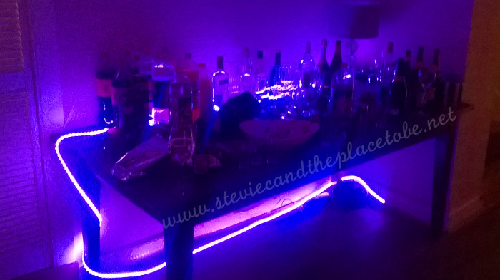 House Party bar with decorative LED RGB mood lighting