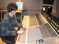 Stevie Mixing on an MTA 980