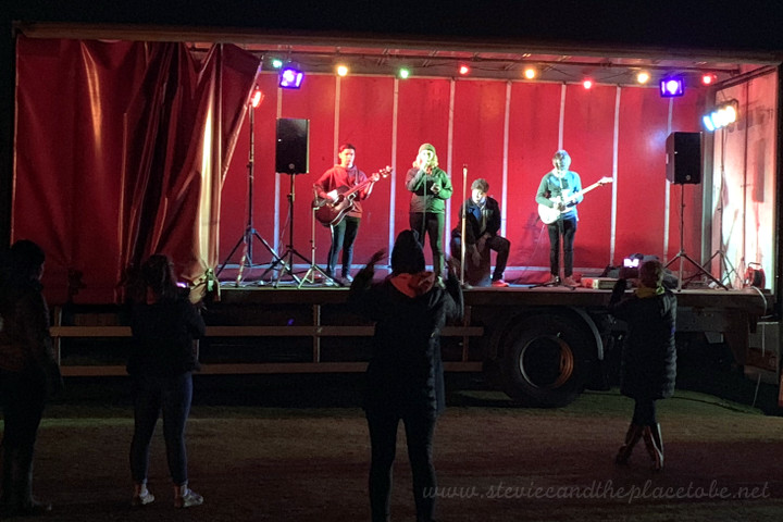 DD8 Music providing PA, lighting and live music up on Kirrie Hill/Camera Obscura for Bonfire & Fireworks Night with Kirriemuir Round Table