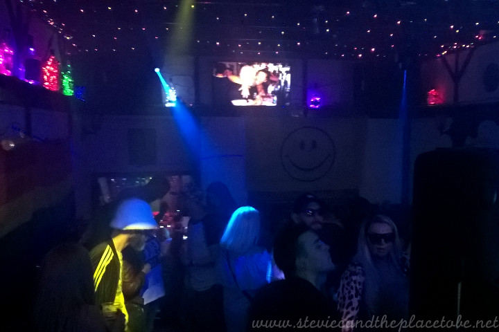 Stevie C provided the disco/rave lighting, DJ sound and photo/AV system for Dundee Dance Event 2018 hosted by The Salty Dog in Crichton Street.