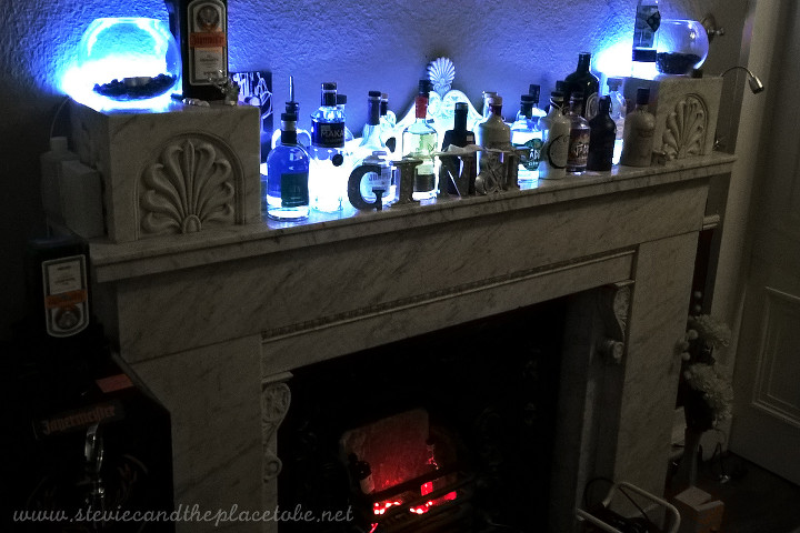 The Vine Dundee - Gin Tasting and bar. Mood lighting installed by Stevie C