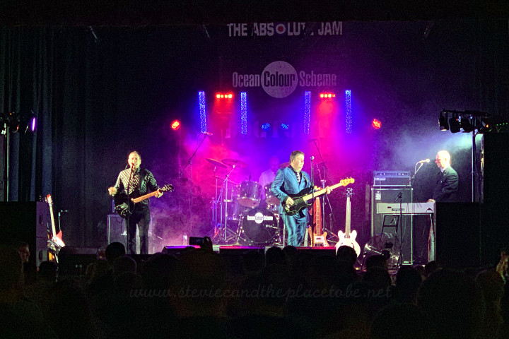 Audiowave providing sound and lighting hire for a Mod-night in Falkirk. We supplied a D&B PA, Logic systems monitors and a full lighting rig comprising RGB slimpars, RGBWA PARcans, LED bars and of course, a fogger. Bands playing were: Dog Tooth, Ocean Colour Scheme and The Absolute Jam.