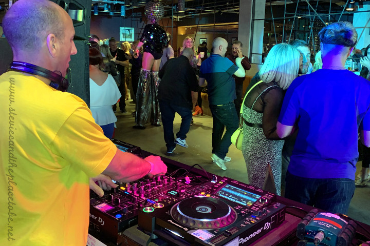 Stevie C and AudioWave.co.uk providing a complete rave sound and light system - comprising D&B PA system, Logic monitors, Pioneer DJM mixer, CDJ Nexus, intelligent lighting and strobe lights with DMX control. Features: The Rhumba Club