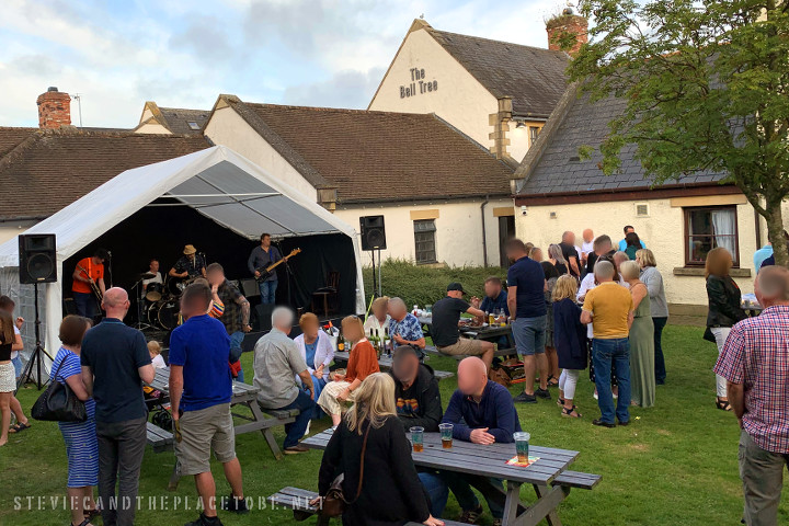 The Bell Tree Broughty Ferry, Dundee. Beer fest in aid of MacMillan cancer support. Vocal PA, marquee and stage supplied by audiowave.co.uk