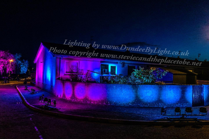 Dundee by Light lighting up a park and gardens in Monifieth with battery LED and DMX lighting. Outdoor lighting in custom colours.